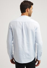 Pier One - Camicia - light blue - 2