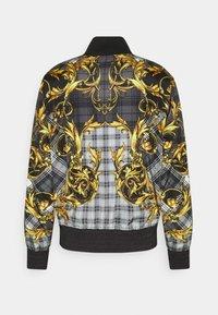 Versace Jeans Couture - TARTAN BAROQUE - Bomber Jacket - grigio/oro - 1