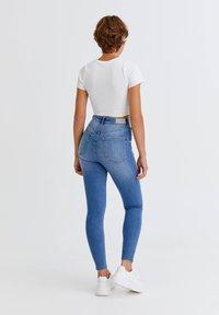 PULL&BEAR - Jeans Skinny Fit - light blue - 2