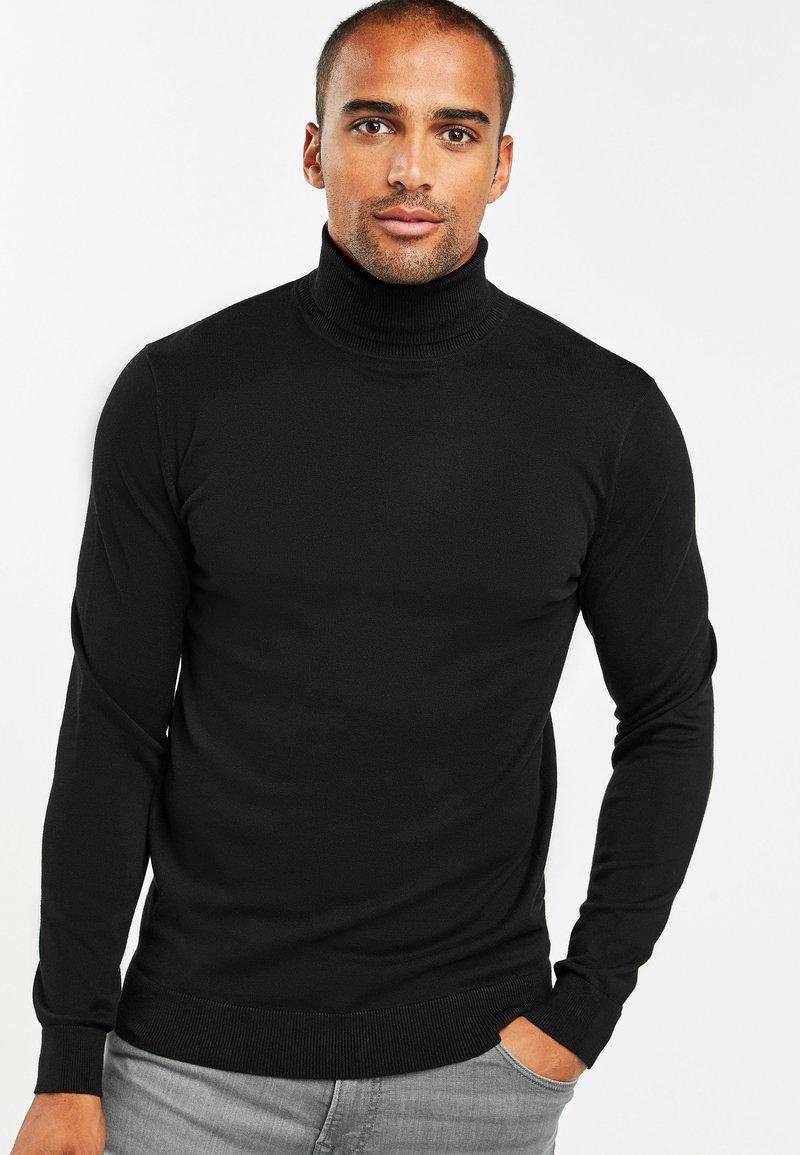 Next - Stickad tröja - black