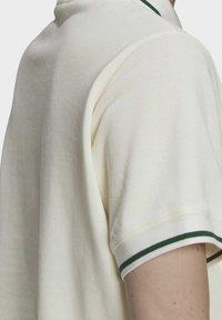 adidas Originals - TENNIS LUXE POLO ORIGINALS - Polo shirt - off white - 5
