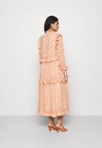 Stella Nova - BARBARA - Denní šaty - pink/orange - 2