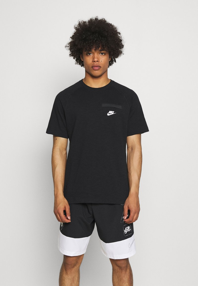 Nike Sportswear - T-shirt - bas - black/white