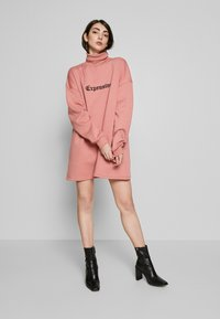 Missguided - HIGH NECK DRESS EXPENSIVE - Day dress - blush - 0