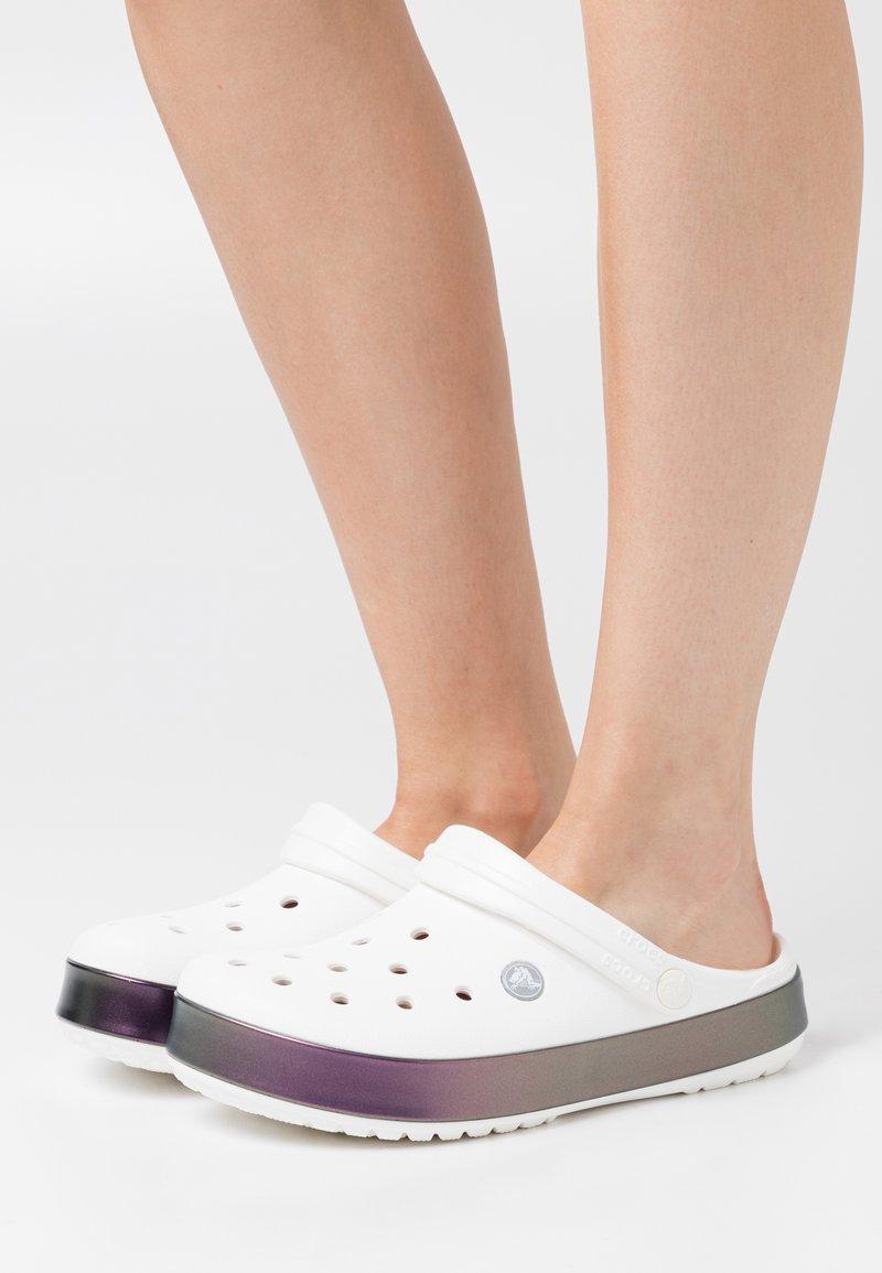 Crocs - CROCBAND IRIDESCENT BAND  - Mules - white