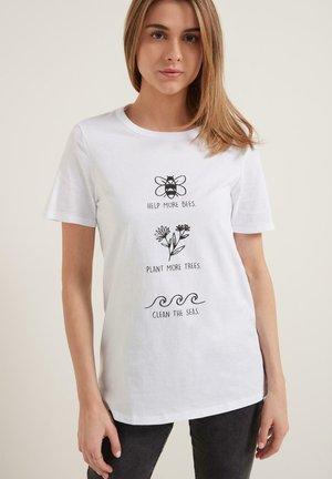 T-Shirt print - bianco st.bees trees seas