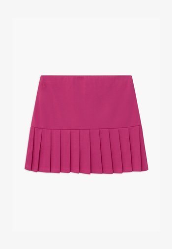 PLEATED BOTTOMS