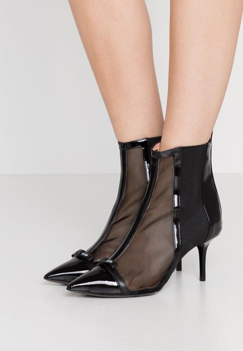 MSGM - TRONCHETTO DONNA BOOT - Kotníkové boty - black