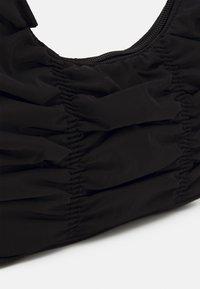 Monki - TANYA BAG - Håndveske - black dark - 3