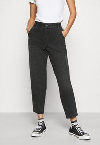 ONLY - ONLTROY LIFE CARROT - Relaxed fit jeans - black denim - 0