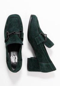 Bibi Lou Wide Fit - Classic heels - verde - 3