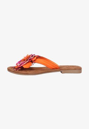 Sandaler m/ tåsplit - orange