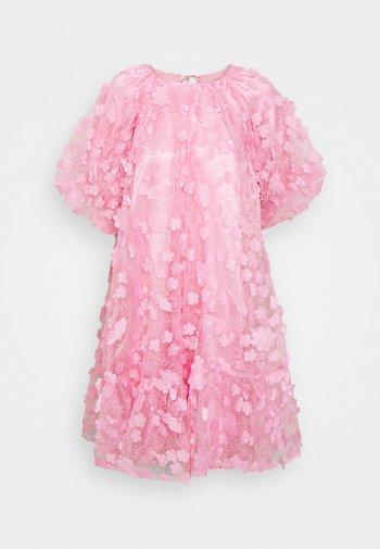 SLFALBERTA DRESS - Cocktailjurk - prism pink