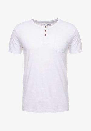 BRIAN - T-shirts med print - blanc