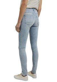 Esprit - Jeans Skinny Fit - blue bleached - 7