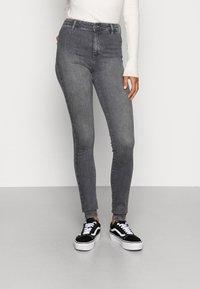 ONLY - ONLBLUSH  - Jeans Skinny Fit - grey denim - 0