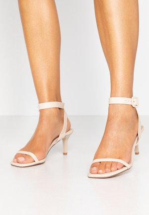 SHAKIRA LOW STILETTO - Sandals - nude