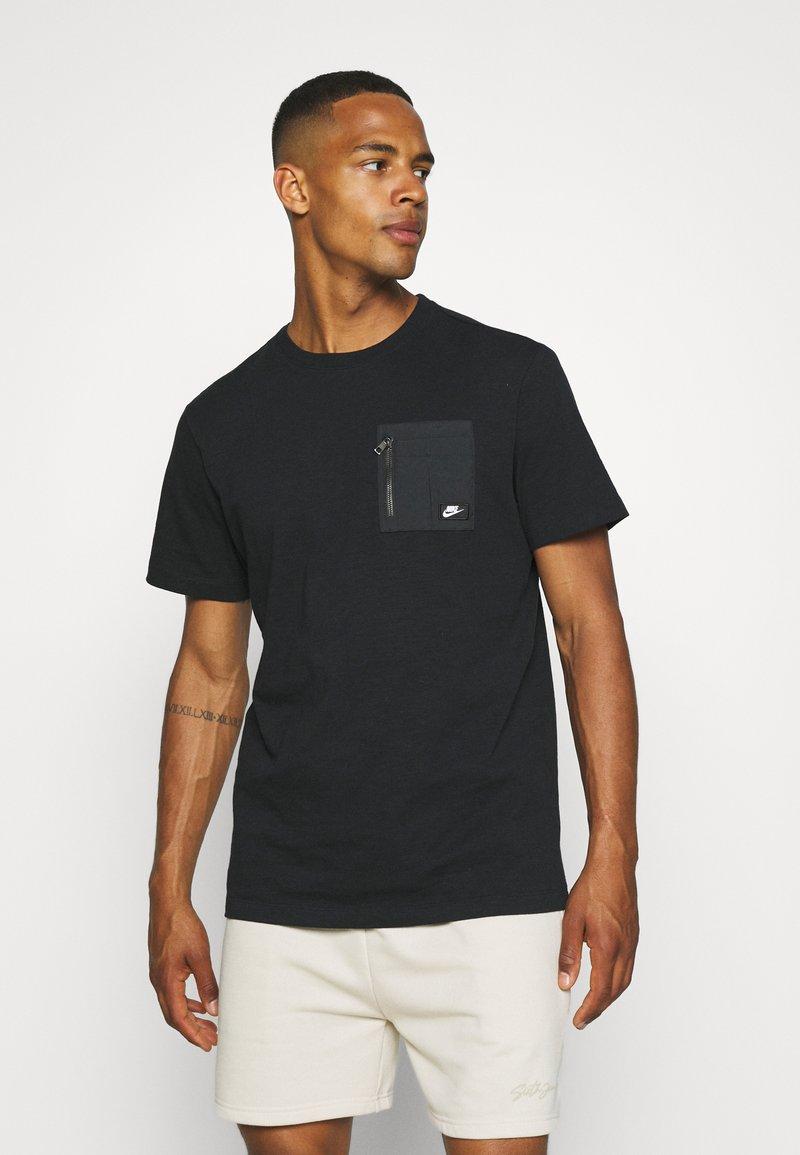 Nike Sportswear - T-shirt - bas - black