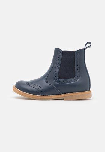 CHELYS BROGUE UNISEX - Classic ankle boots - blue