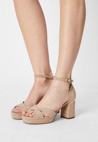 Anna Field Wide Fit - LEATHER - Korkeakorkoiset sandaalit - beige - 0