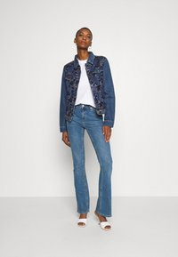 Desigual - CHAQ MEX - Veste en jean - denim medium - 1