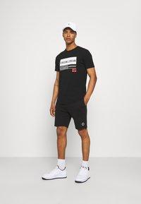 Cars Jeans - BRADY - Shorts - black - 1
