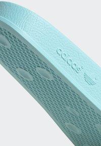 adidas Originals - ADILETTE SLIDES - Pantoffels - blue - 8