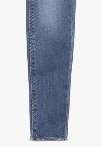 Cotton On - DREA - Slim fit jeans - mid blue - 2