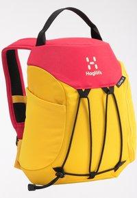 Haglöfs - Hiking rucksack - pumpkin yellow/scarlet red - 4