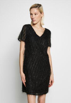 PCNIKITA DRESS - Cocktailkleid/festliches Kleid - black