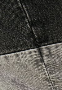 Bershka - Straight leg jeans - grey - 5
