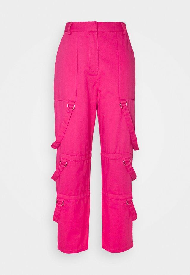 PANT D-RING STRAP DETAILS - Pantaloni - pink