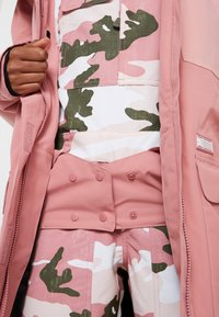 DC Shoes - PANORAMIC - Snowboard jacket - dusty rose - 7