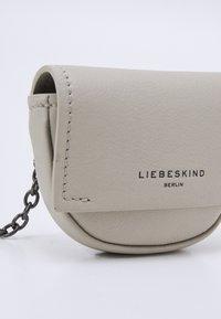 Liebeskind Berlin - NECK ACCESSORIE - Across body bag - pale moon - 4