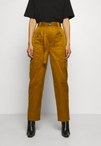 Gestuz - ASTER PANTS - Trousers - tapenade - 0