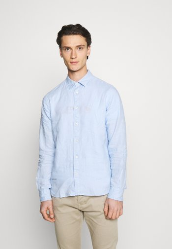 REGULAR FIT- GARMENT-DYED WITH SLEEVE ROLL-UP - Shirt - blue