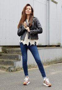 Replay - LUZIEN - Jeans Skinny Fit - dark blue - 4