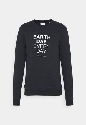 EARTHDAY EVERYDAY TEXT CREW NECK - Sweatshirt - total ecplise