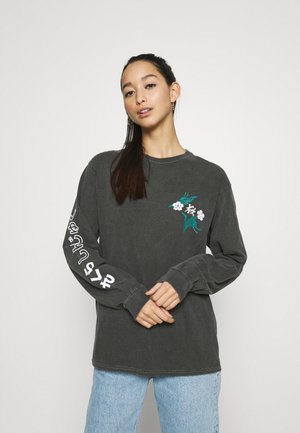 SAKURA SKATE - Long sleeved top - washed black