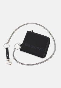Valentino Bags - KYLO ZIP WALLET - Portefeuille - nero - 3