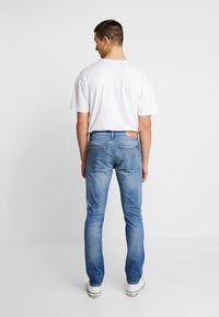 Calvin Klein Jeans - CKJ 026 SLIM - Slim fit jeans - bright blue - 2