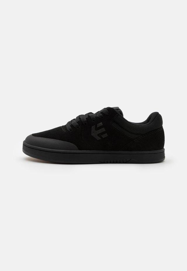 MARANA - Sneakers basse - black