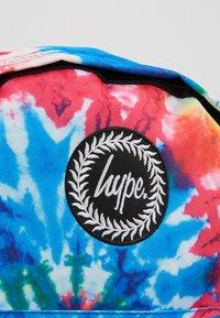 Hype - BACKPACK TIE DYE - Mochila - multi - 2
