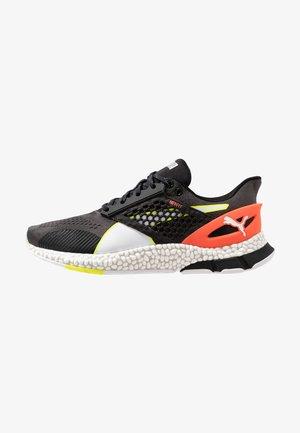 HYBRID ASTRO - Neutral running shoes - castlerock/black/energy red