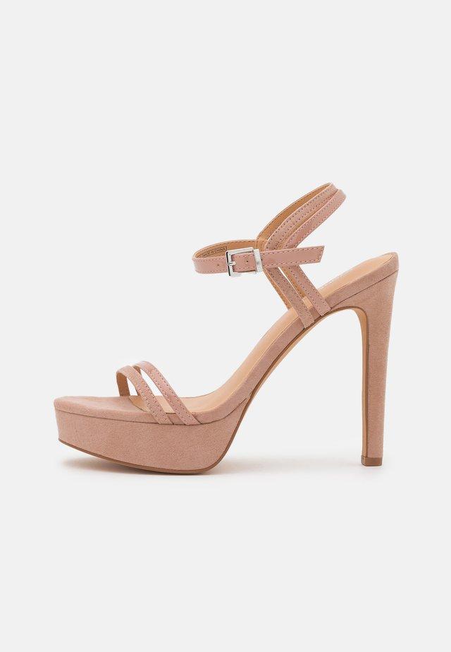 Sandalias de tacón - nude