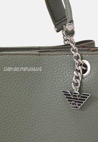 Emporio Armani - ANNIE TOTE PUBBLE - Handbag - argilla/clay - 5