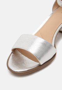 Clarks - KAYLIN - Sandals - silver - 5