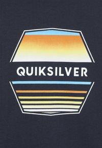 Quiksilver - DRIFT AWAY - Printtipaita - navy blazer - 3
