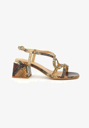 SALINA - Sandals - sand