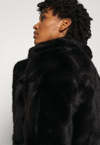 Vero Moda - VMCELINA JACKET - Winter jacket - black - 4